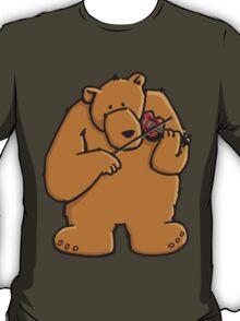 The bear plays violin T-Shirt