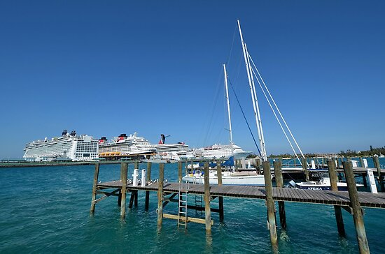 Big Brothers at Prince George Wharf in Nassau, The Bahamas by 242Digital
