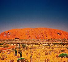 The Big Rock, Uluru by AndyFeltonPix