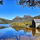 Cradle Mt Tasmania. by Maureen Johnston