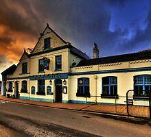 Pier Tavern  by Rob Hawkins