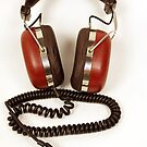 classic retro headphone by dubassy