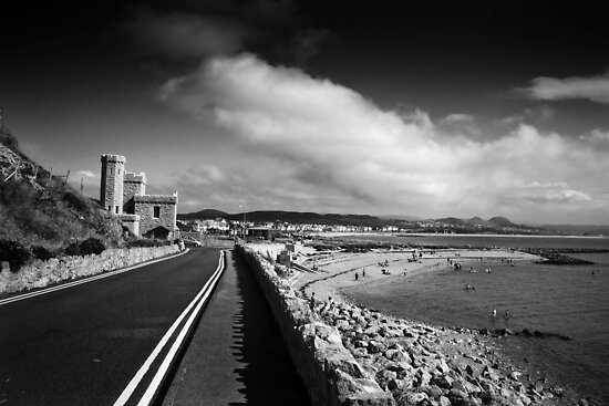 Marine Drive by RH-prints