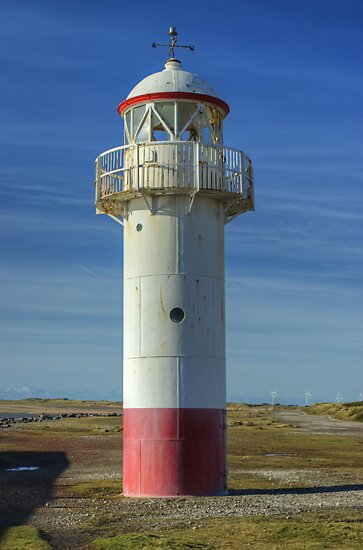 Hodbarrow Lighthouse by VoluntaryRanger