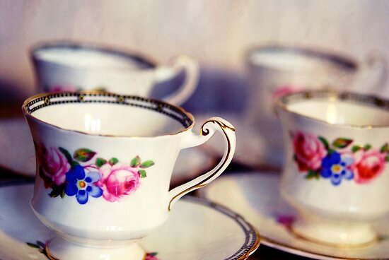 Teacups by Claire Elford