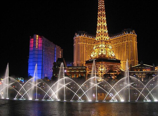 Bellagio's Fountains, Las Vegas by hjaynefoster
