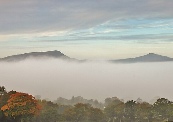 dragons breath black mountains brecon beacons by blakmountphoto