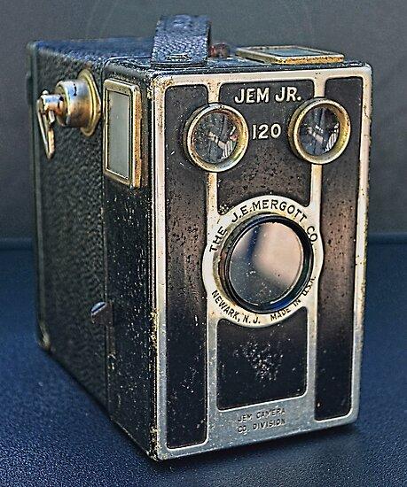 The Jem Jr. 120 (1940's) - My Father's Camera by 242Digital