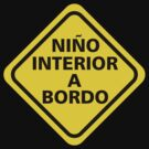 Niño interior a bordo by Nados