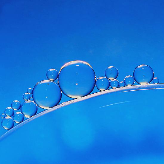 Blue Bubbles by KUJO-Photo