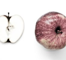 An apple by Andre Blom