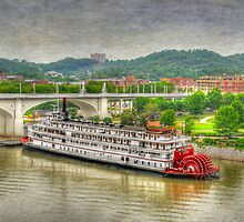 The Historic Delta Queen riverboat by LarryB007