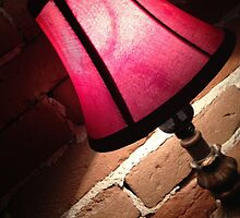 Red lamp by travyx