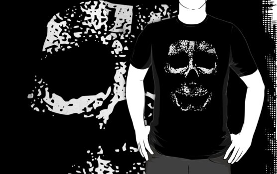 Lost Skull - Grunge T-shirt by Denis Marsili