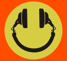 Smiley headphones by LaundryFactory