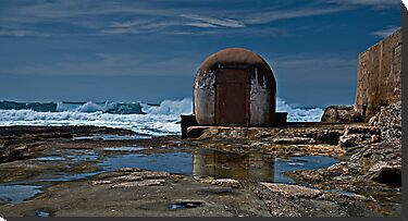Newcastle Ocean Baths, The Pumphouse by bazcelt