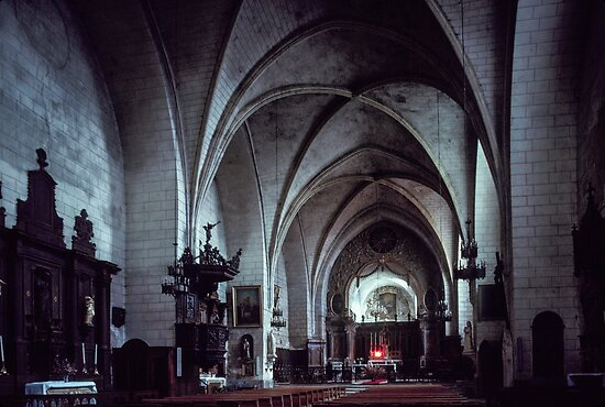 Nave and altar St Cyprien 198402270003  by Fred Mitchell