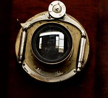 The Peephole  by ArtbyDigman