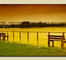 Taree floods 01 by kevin chippindall