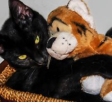 Tigger Loves Suki by heatherfriedman