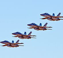 Tight Formation by domica48