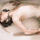 Bath Tub Stretch by jazzwall
