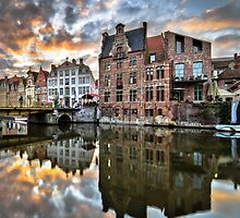 Gent Reflection by Oliver Winter