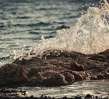 Waves in Time IV by Taylan Soyturk