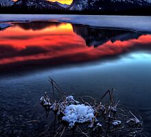 Vermillion Lakes Mount Rundle by pictureguy