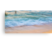 Waves meets sand Canvas Print