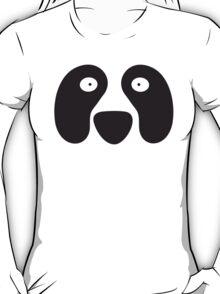 Panda looking shocked! T-Shirt