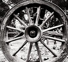 Old Wagon Wheel by LawrencePhoto