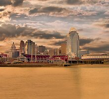 THE QUEEN CITY CINCINNATI by Randy & Kay Branham