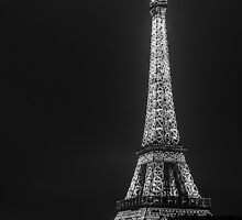 Eiffel tower by night by ClementMesnier