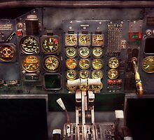 Plane - Cockpit - Boeing 727 - The controls are set by Mike  Savad