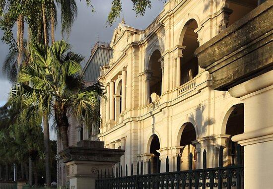 Parlament House in Brisbane, Australia by Jola Martysz