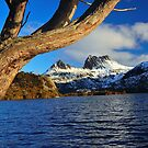 Dove Lake  Cradle Mt. Tasmania by MisticEye