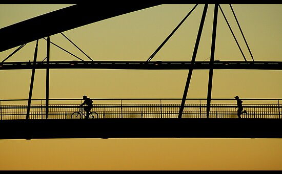 Goodwill Bridge Brisbane Australia by Marcelo Pla