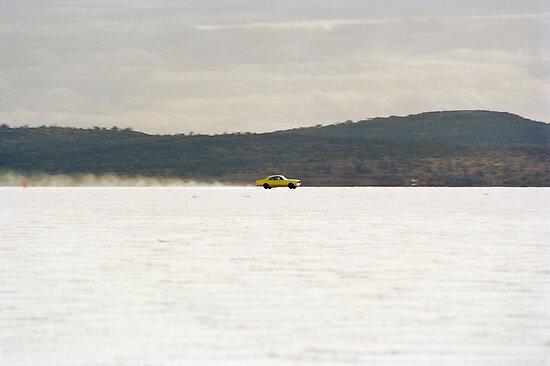Holden Monaro on the salt at full throttle by Frank Kletschkus