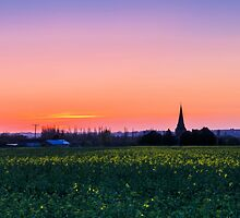 Dusk in rural Kent by JEZ22