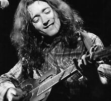 Rory Gallagher by Sue Arber
