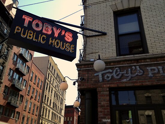 Toby's Public House by bron stadheim