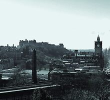 Edinburgh Skyline. by LBMcNicoll