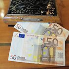  LET&#x27;S GO SHOPPING ...                                  euro....italy- Europa - by Guendalyn