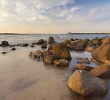 Dampier beach by tjoreilly