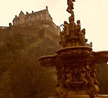 Edinburgh Castle & Fountain by ZoeKay