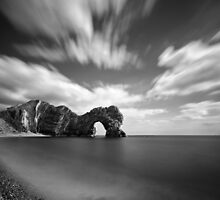 Durdle door by willgudgeon