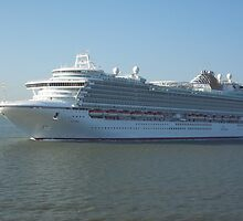 Azura P&O Cruise liner by blwalsh1