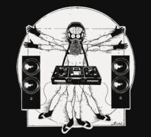 VITRUVIAN ALIEN DJ T-SHIRT by MUMtees