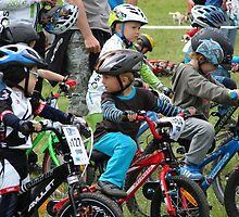 Mladá Boleslav TOUR CZ - racing mountain bikes XVI. / little racers on the start by Natas
